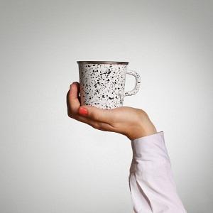 Kaffeetasse, Weiss/ Schwarz gesprenkelt
